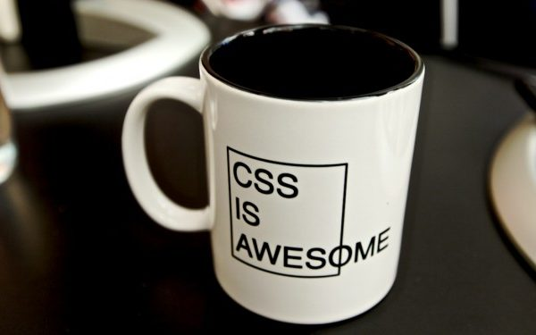 css is awesome 700x375 600x375 - ویژگی background در css