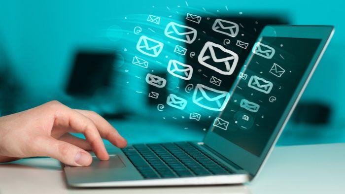بازاریابی ایمیلی در شبکه های اجتماعی