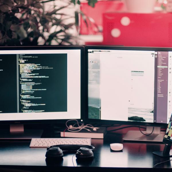1 600x600 - شایع ترین مشکلات در توسعه نرم افزارها
